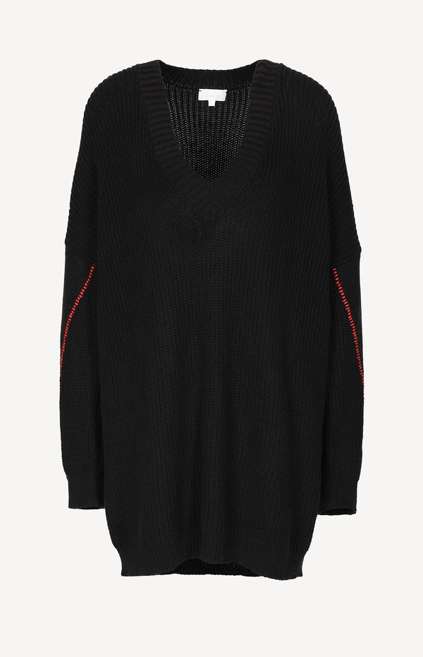 Knitted sweater in black / red