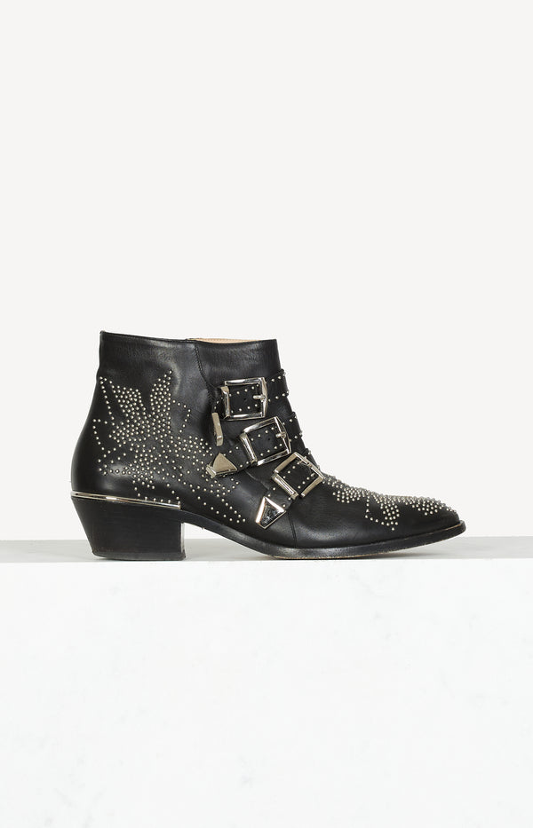 Susanna ankle boots in black