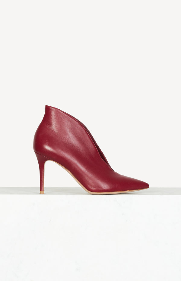 Vania 85 ankle boots in burgundy