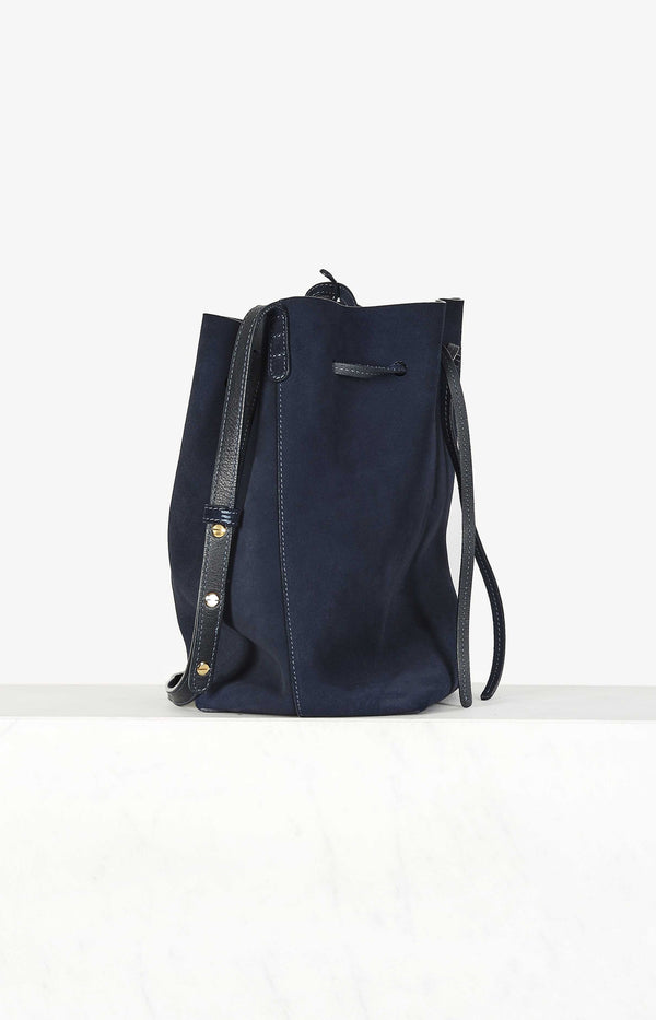 Tasche Bucket Bag in Storm Blue