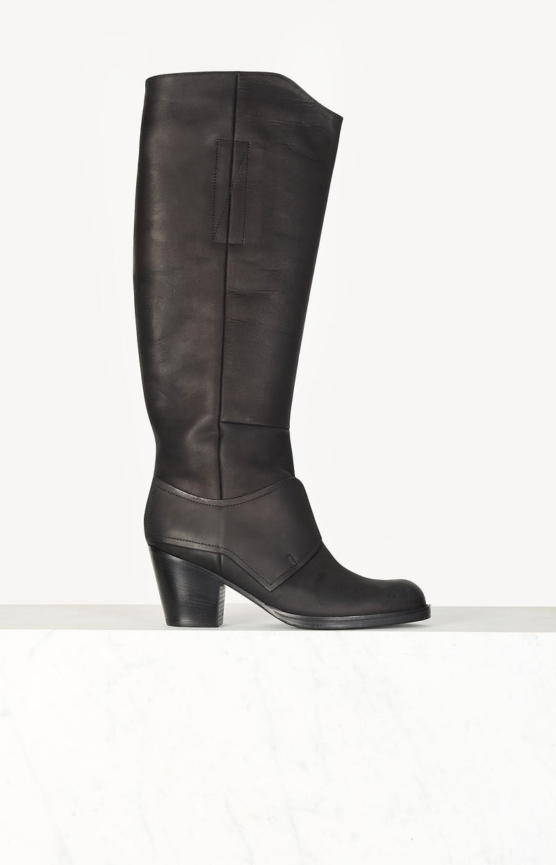 Boots Pistol Knee High in Schwarz