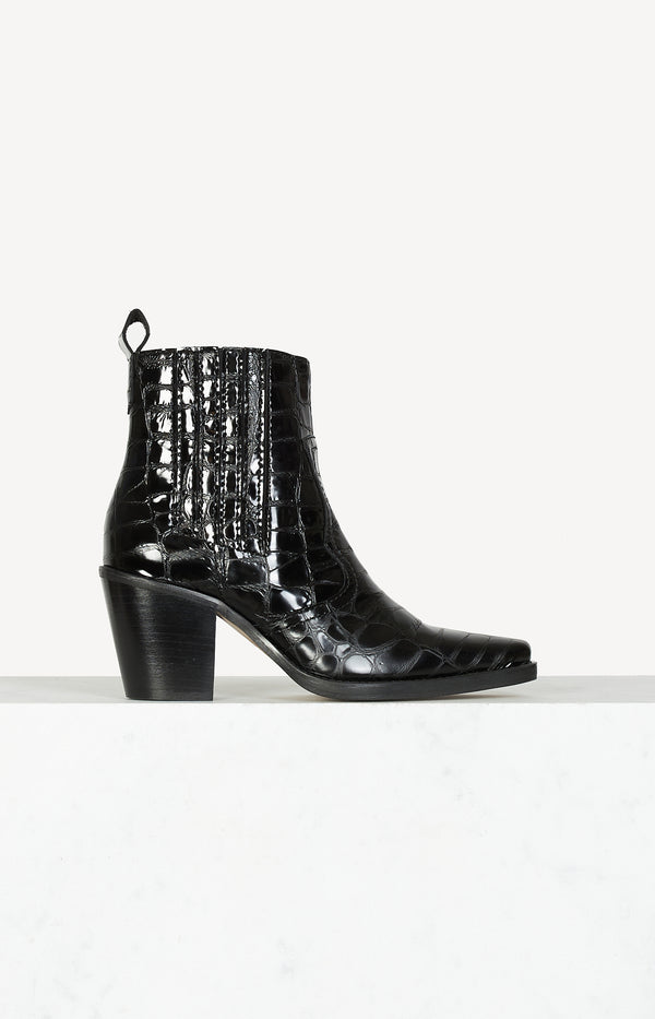 Callie ankle boots in black