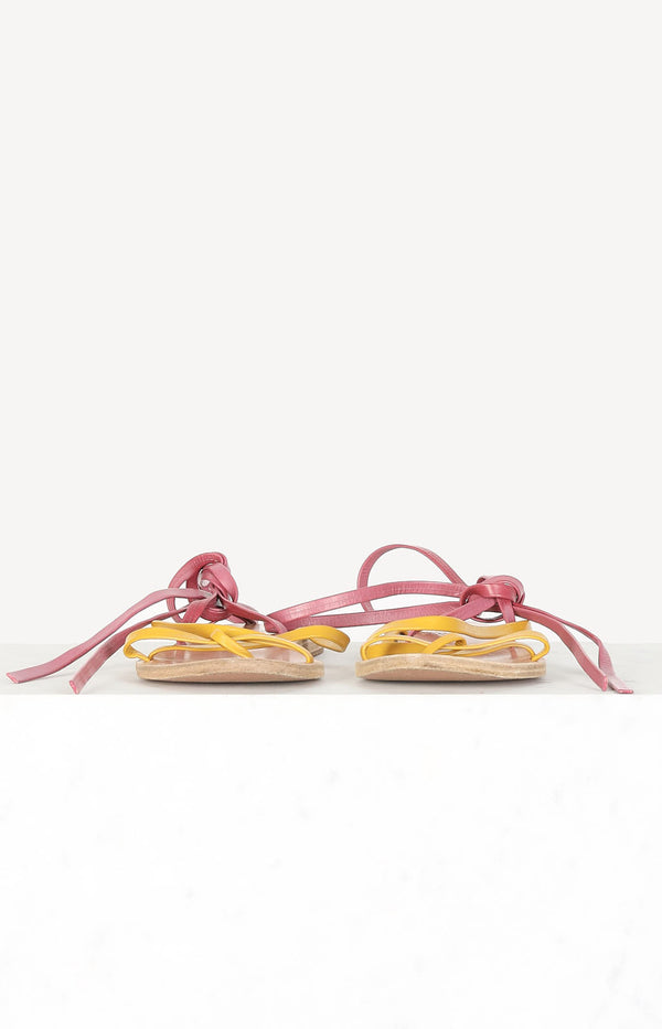 Sandals in yellow / purple