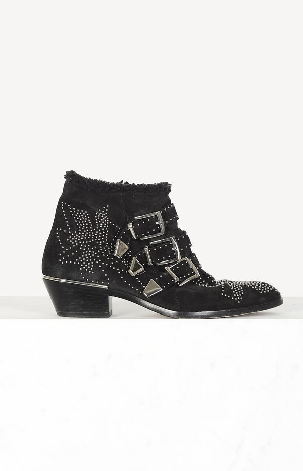Boots Susanna with fur in black