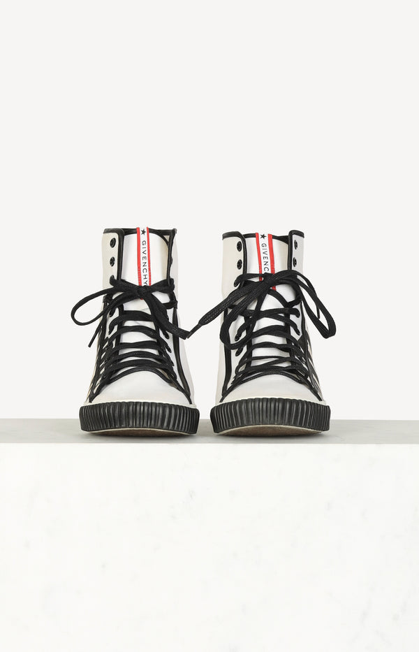 Logo print canvas high-top sneaker in black / cream