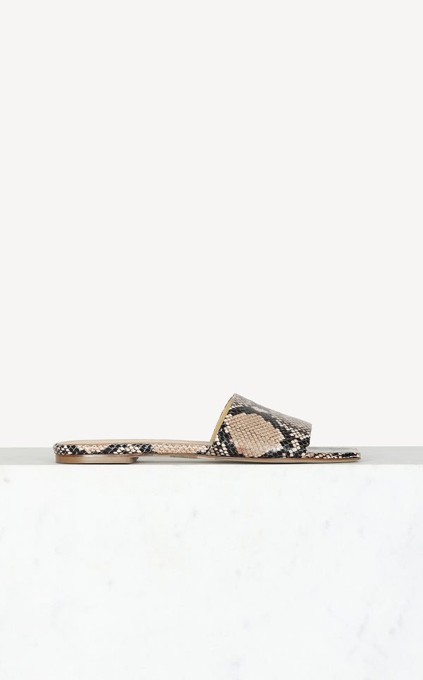 Slipper Anna in Natural Python