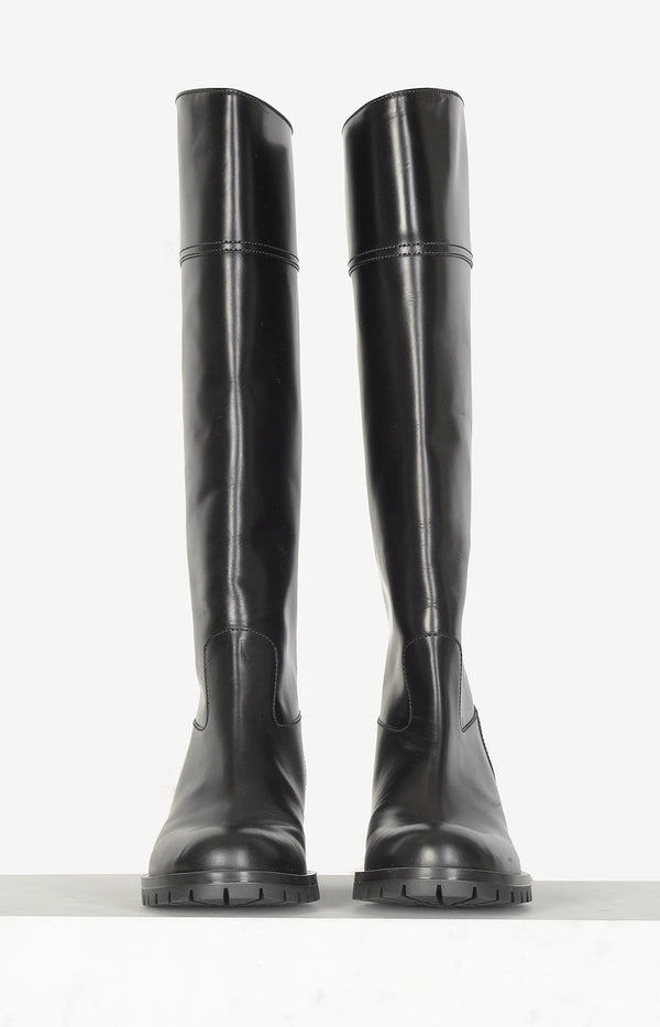 Knee High Boots in Schwarz