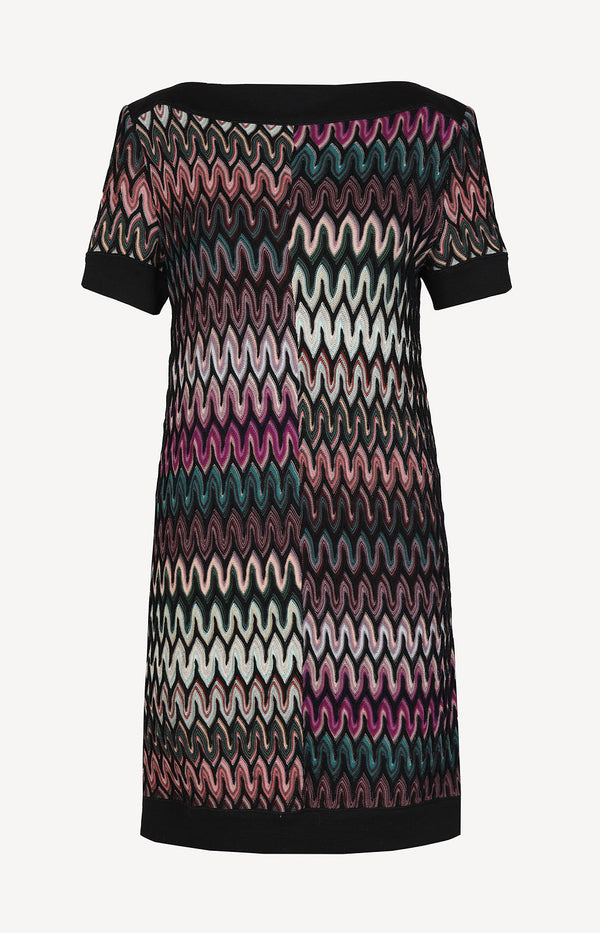 Dress with short sleeves in black / multi