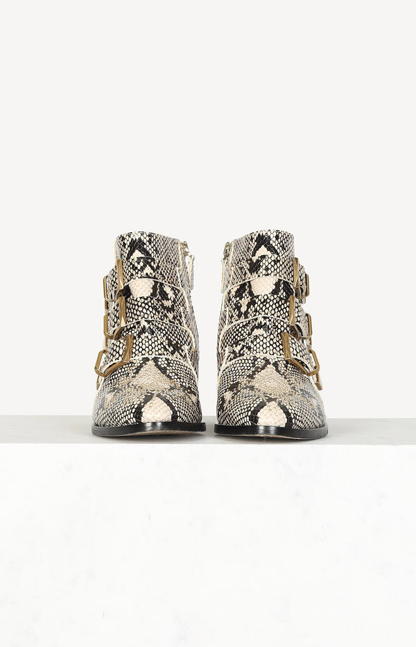 Boots Susanna in Snake