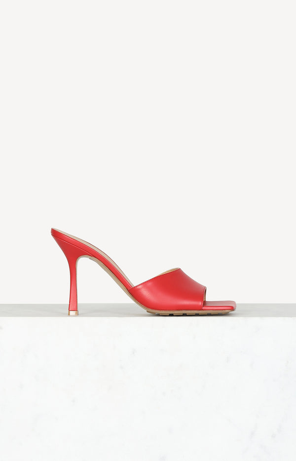 Mules Stretch Sandals in Rot