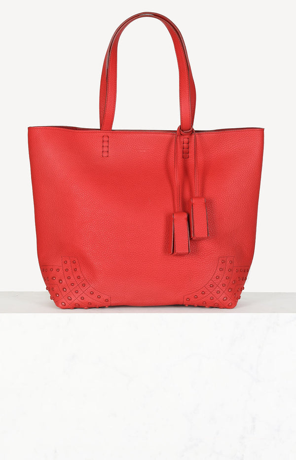 Studded bag in red
