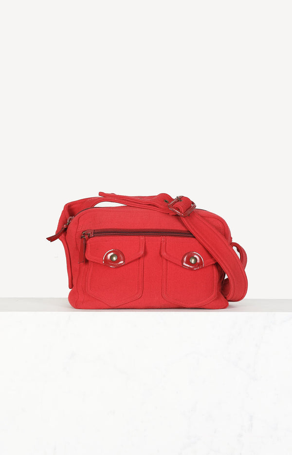 Crossbody bag made of fabric in red