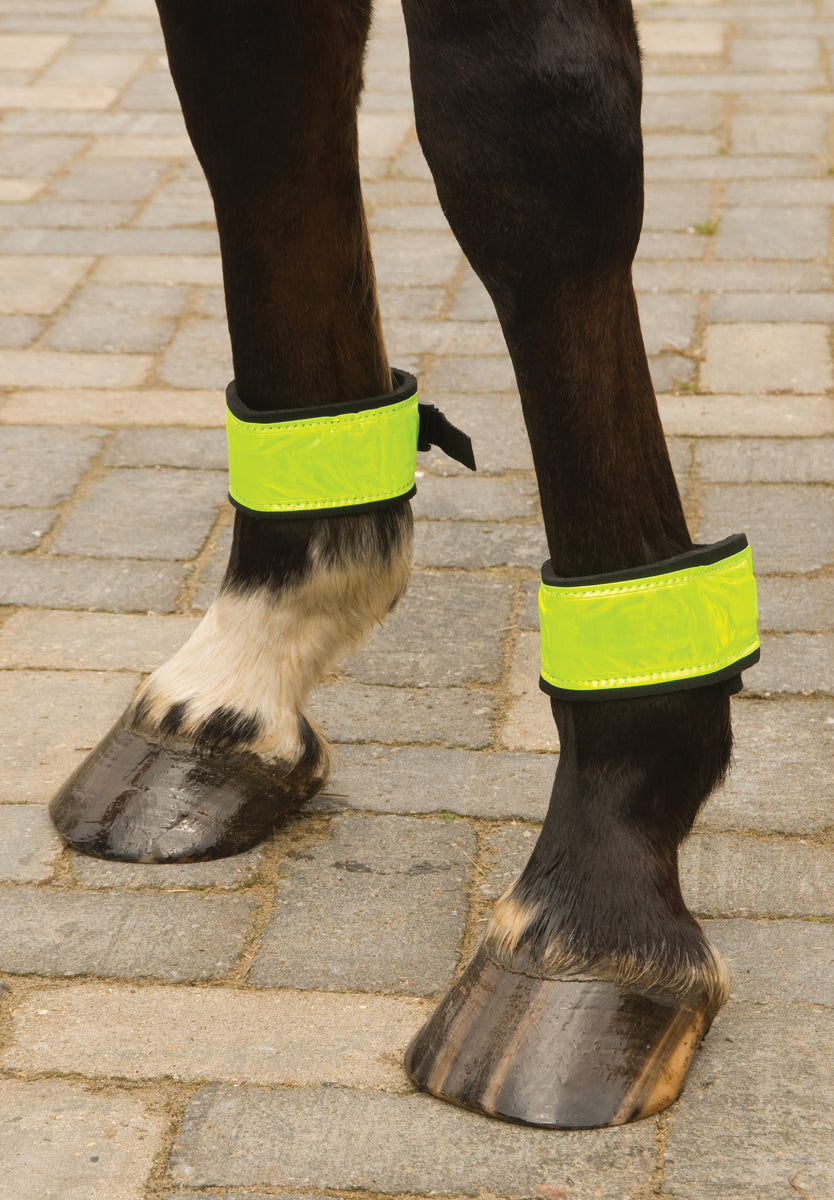 Imperial Riding Reflective Bandages with Fastener Green