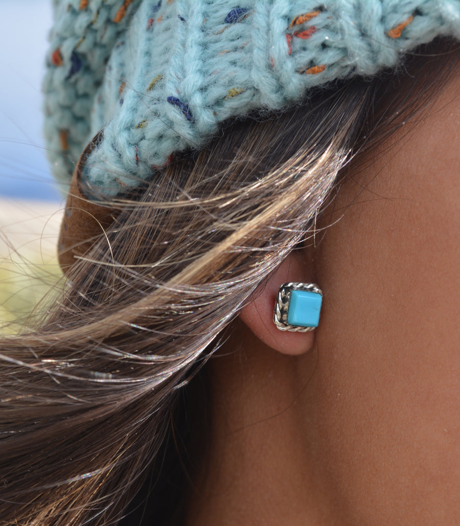 Navajo Turquoise with Sterling Silver Rope Border Studs