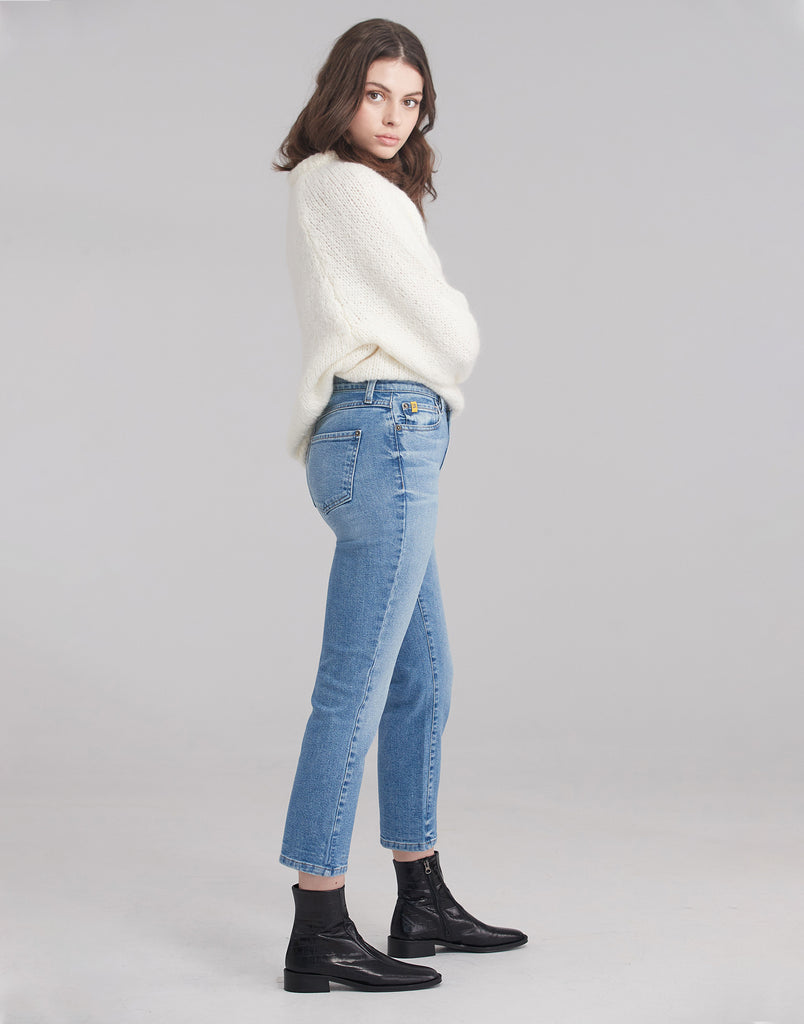 CHLOE STRAIGHT JEANS / Breathe