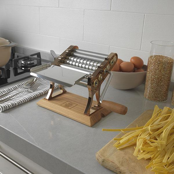 "Marcato Otello Pasta Maker 150mm / 6"" Copper Bronze Elm"