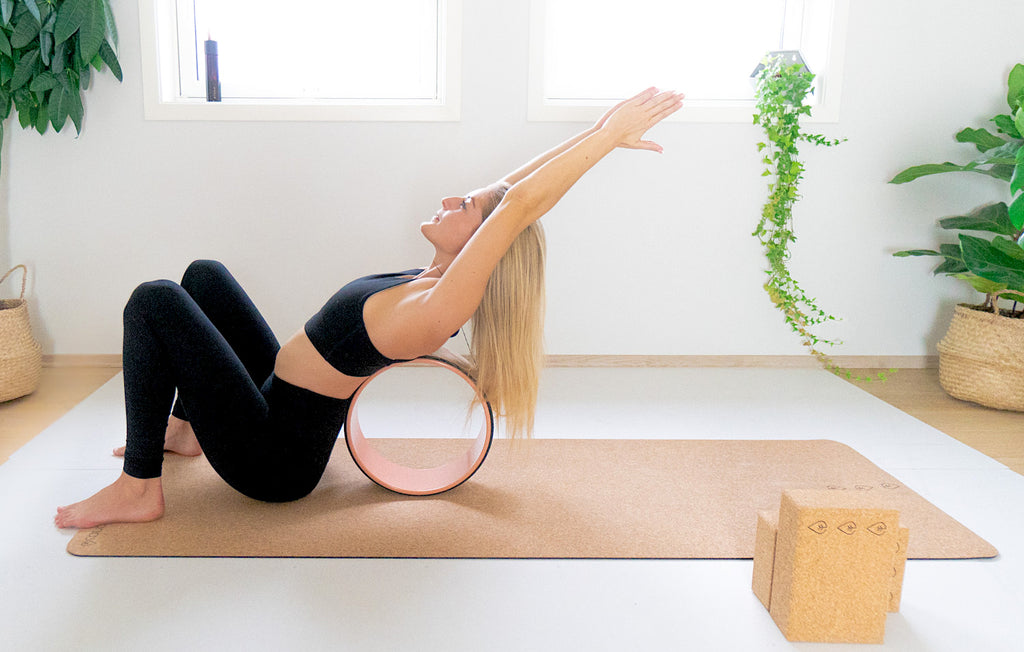 how to use the yoga wheel