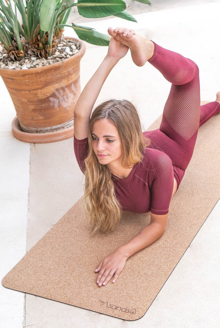 best cork yoga mat review why buy a cork yoga mat, benefits of yogamat cork, thick cork mat, the asanas, cork yoga block, yoga wheel, carrying strap for yoga mat