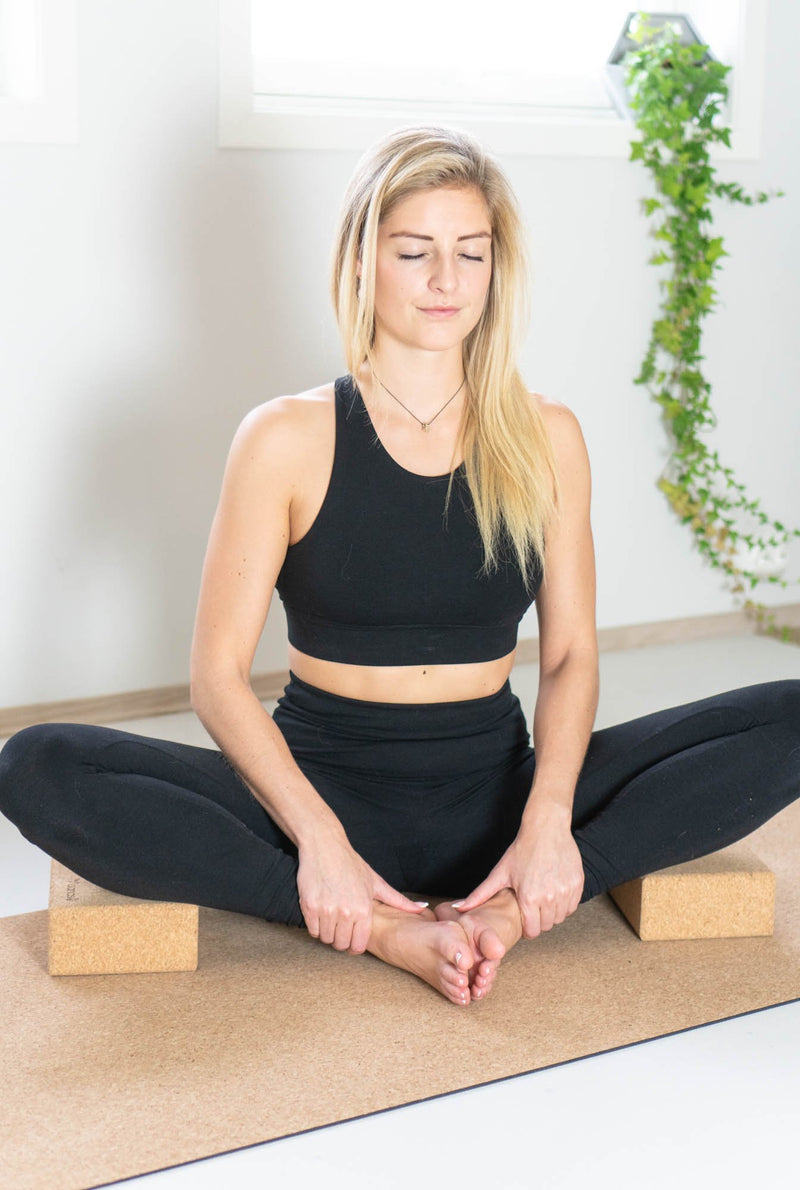 how to use cork yoga block
