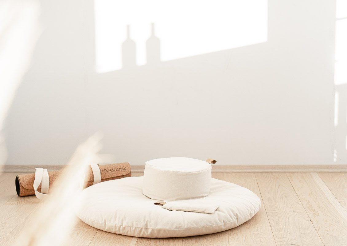The Calm Cloud - Floor Cushion - White Naturelle