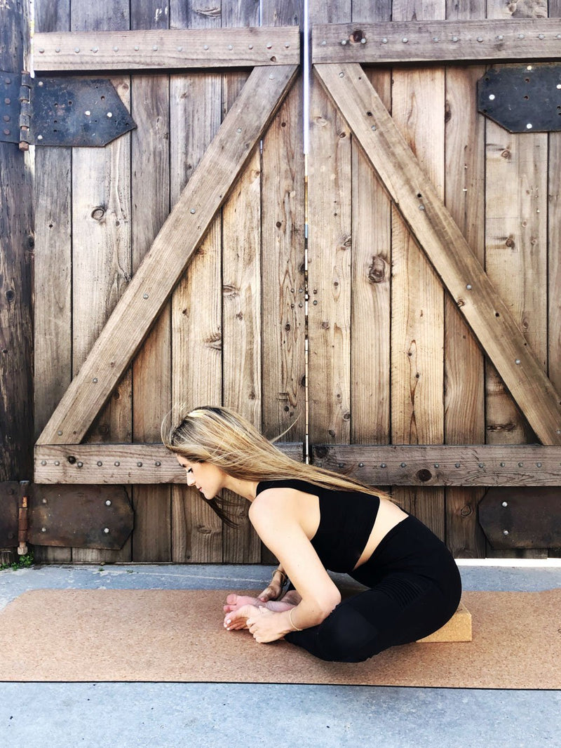 how to use cork yoga blocks