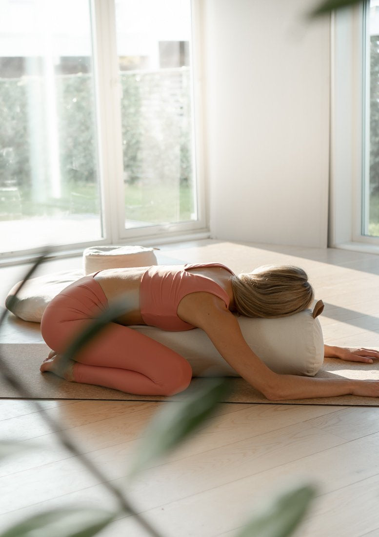 The Cloud - Yoga Bolster - White Naturelle