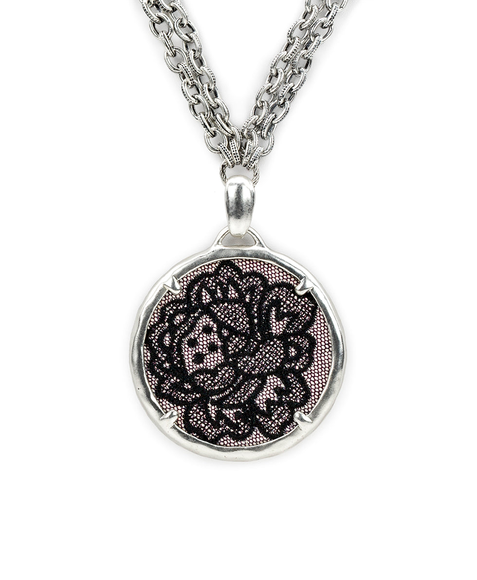 Nicolina Necklace - Chantilly Lace 2