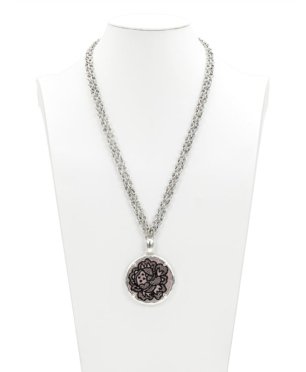 Nicolina Necklace - Chantilly Lace