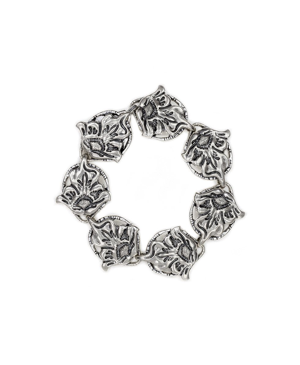 Tooled Flower Medallion Magnet Bracelet - Silver Ox