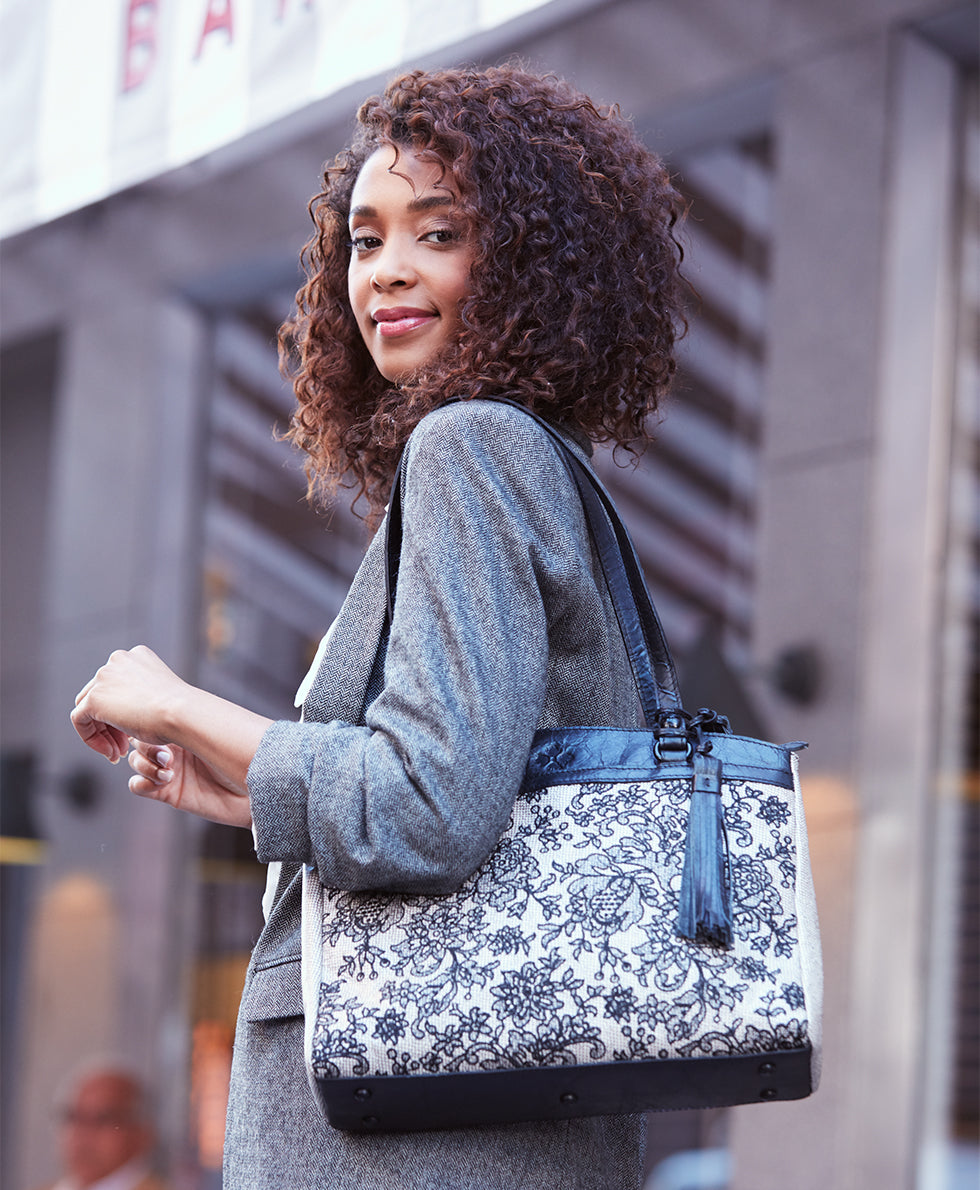 Poppy Tote - Chantilly Lace 5
