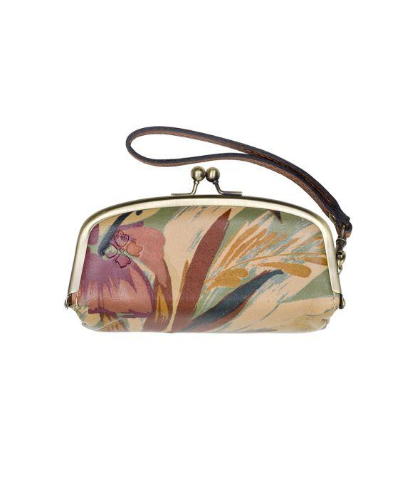 Trezza Wristlet - Palm Leaves