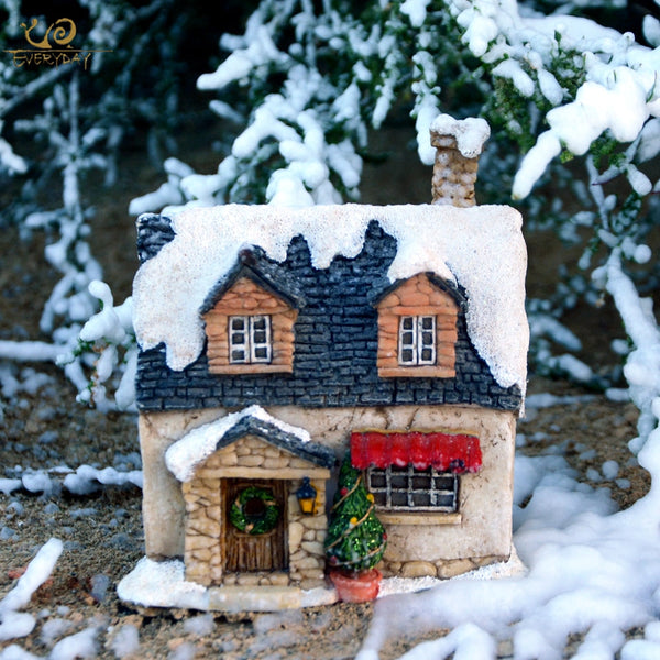 Country Cabin Christmas House Decoration for Indoor Home and Christmas Tree