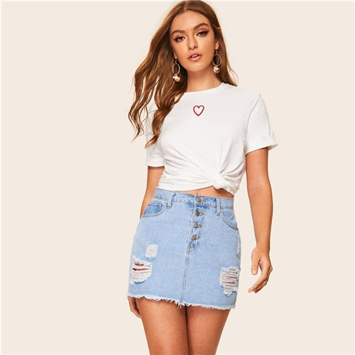 SHEIN Casual White Embroidered Round Neck Tee T Shirt Women Summer 2019 Short Sleeve Streetwear Solid Ladies Tshirt Tops