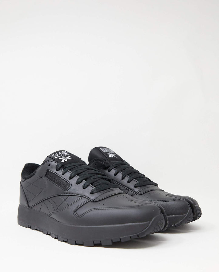 Classic Leather Tabi - Black UNISEX MAISON MARGIELA X REEBOK