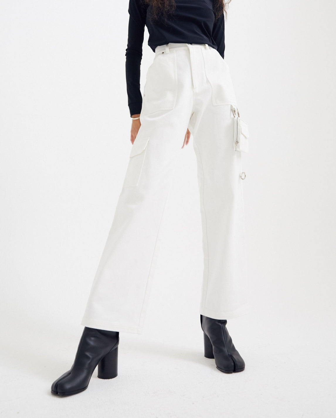 Clip-on Bag Pants - White UNISEX PRIVATE POLICY