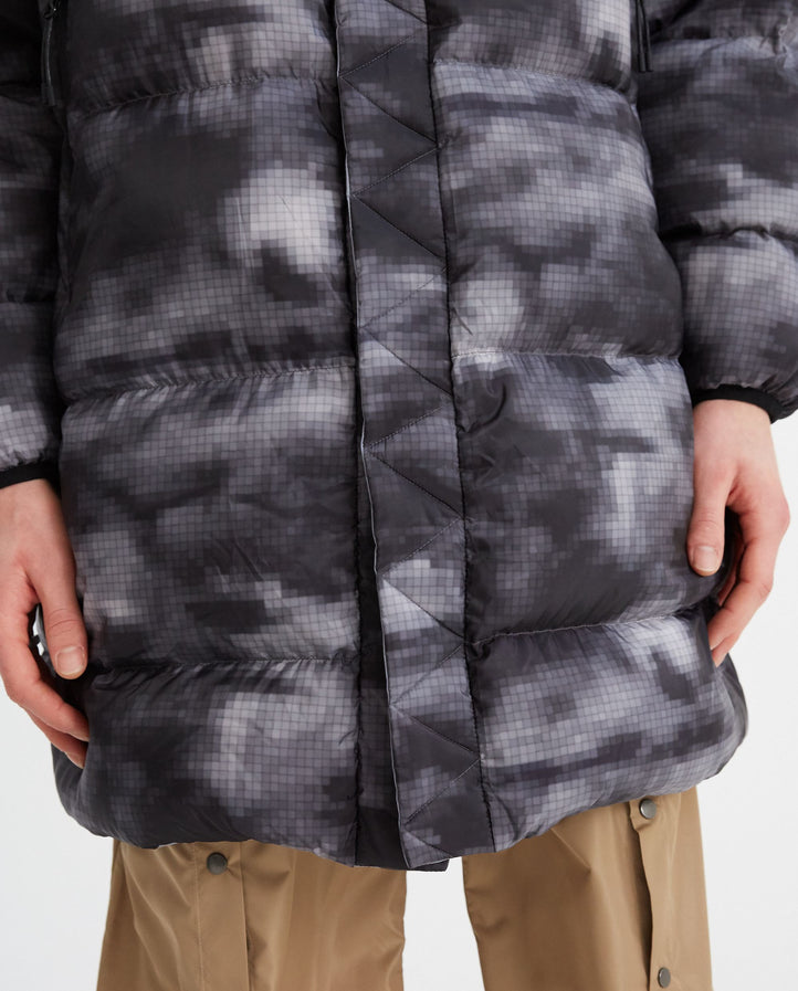 Cloud Camo Printed Reversible Down Jacket - Grey MENS WHITE MOUNTAINEERING