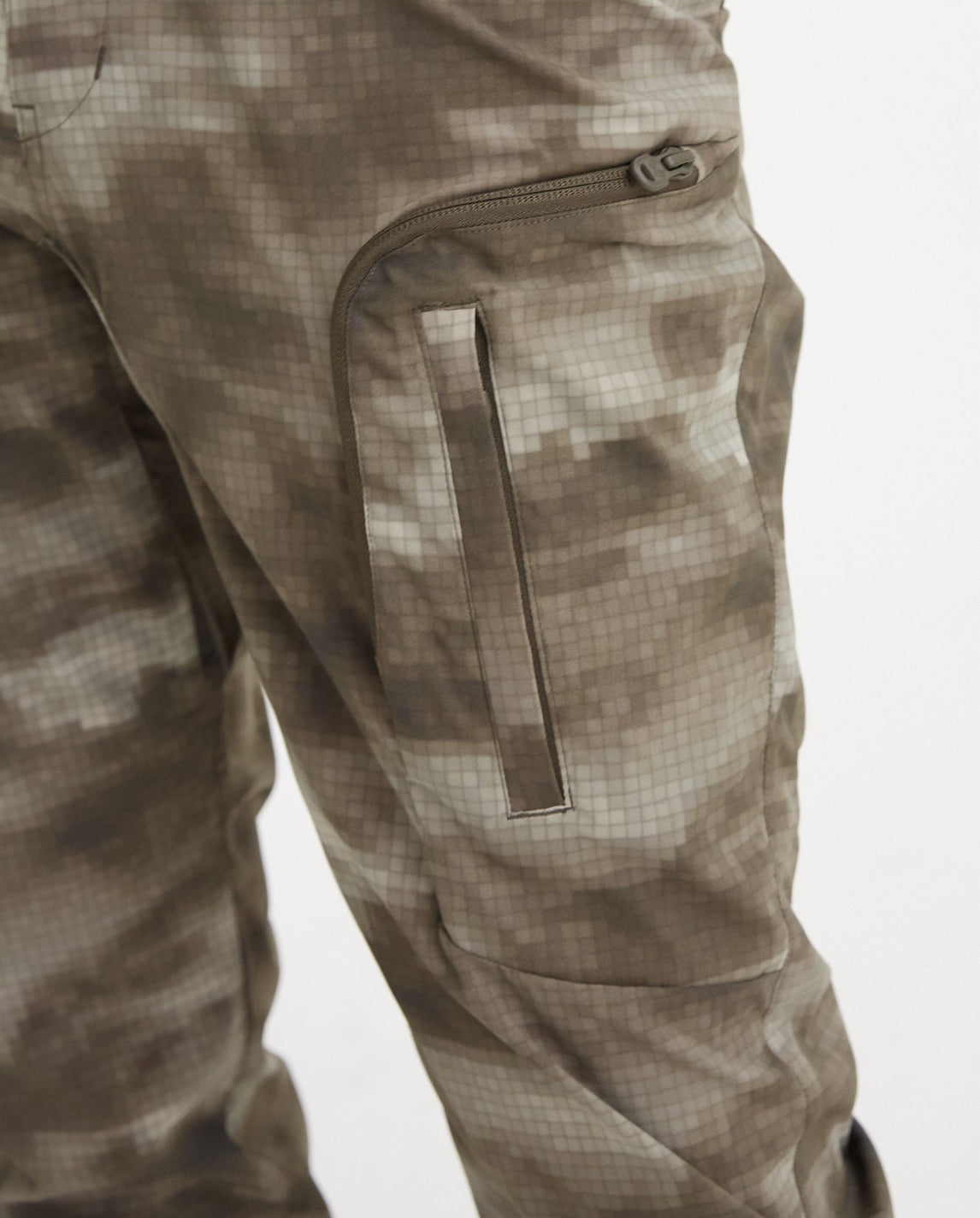 Cloud Camo Printed Tech Cargo Pants - Khaki UNISEX WHITE MOUNTAINEERING