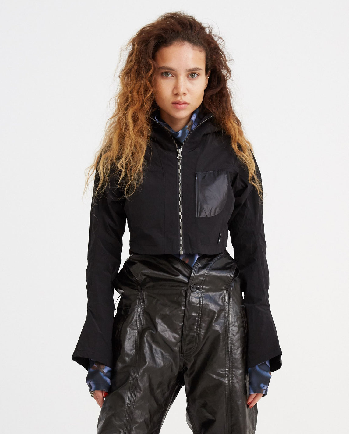Cropped Windbreaker - Black WOMENS HYEIN SEO