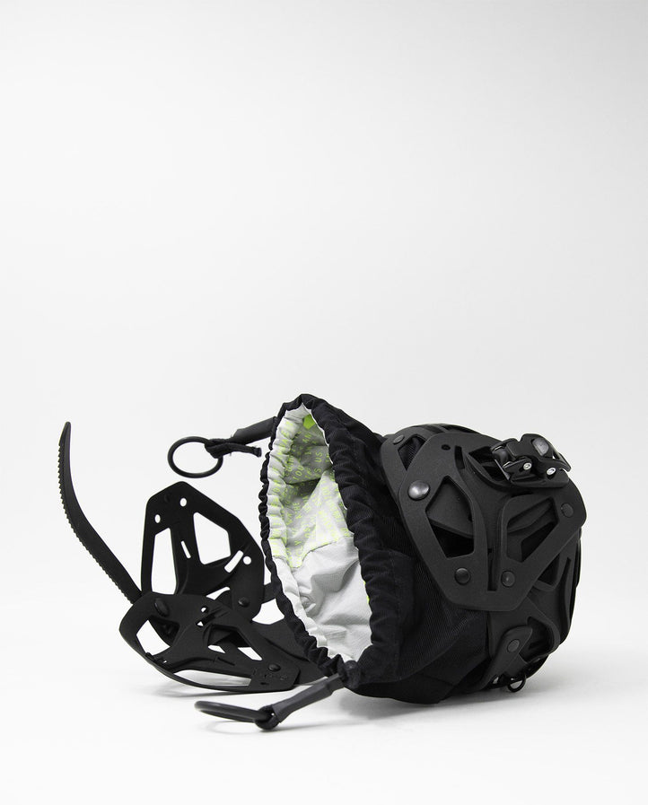Object I36 Small Ball Bag - Black UNISEX INNERRAUM