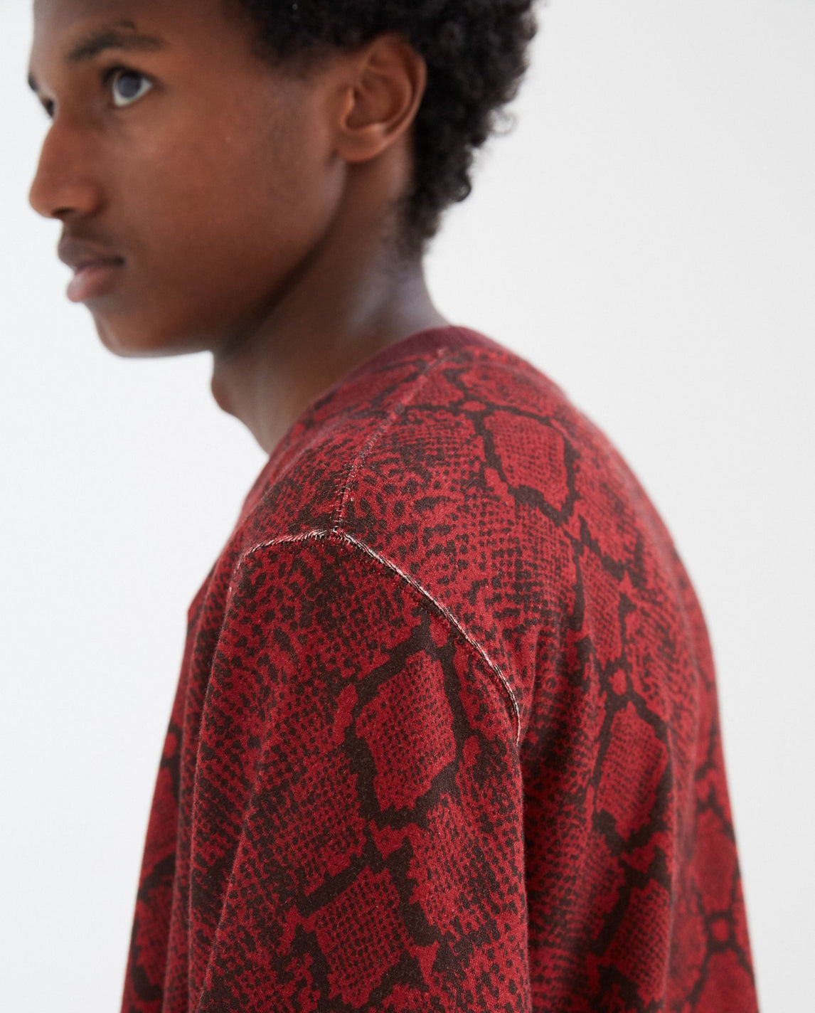 Python Printed Sweatshirt - Burgundy MENS WHITE MOUNTAINEERING