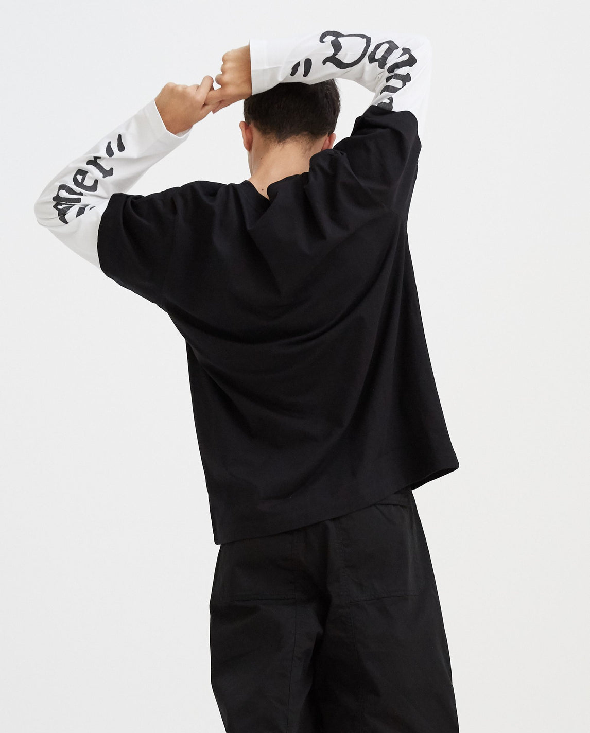 Skater Shirt with Print - Black MENS VYNER ARTICLES