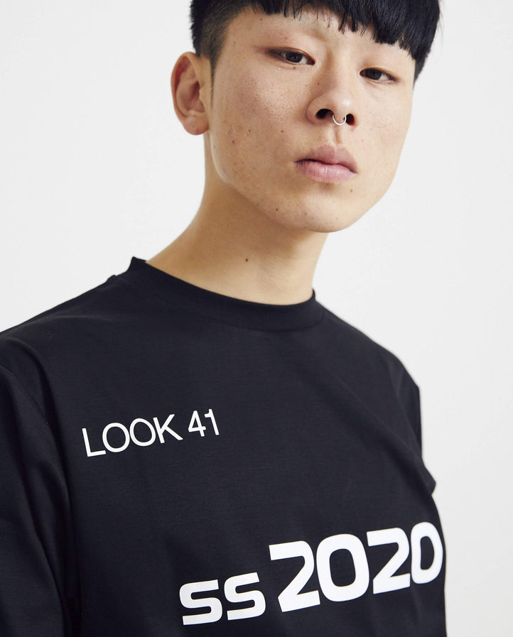 T-Shirt in SS20 Graphic - Black MENS XANDER ZHOU