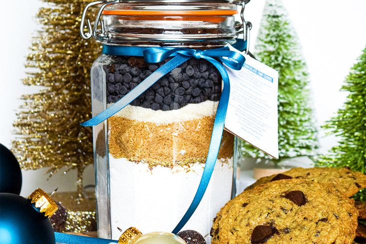Mason Jar Chocolate Chip Cookie Gift
