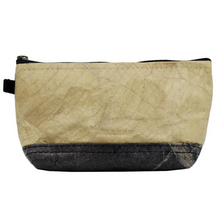 Load image into Gallery viewer, COSMETIC BAG - MADE OF LEAFS