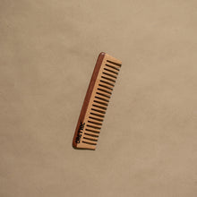 Load image into Gallery viewer, COMB - WOOD - Damn Plastic