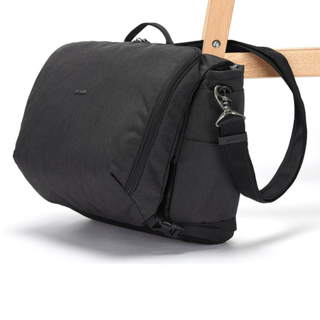 "Intasafe X Anti-Theft 13"" Laptop Messenger, Black"