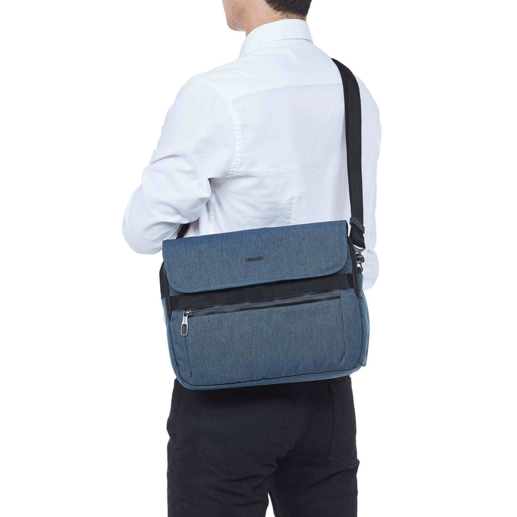 Metrosafe X Anti-Theft Messenger Dark Denim