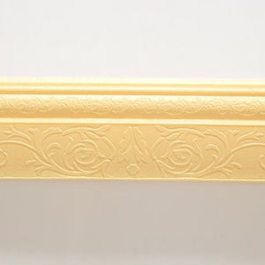 3D self-adhesive wall edging strip