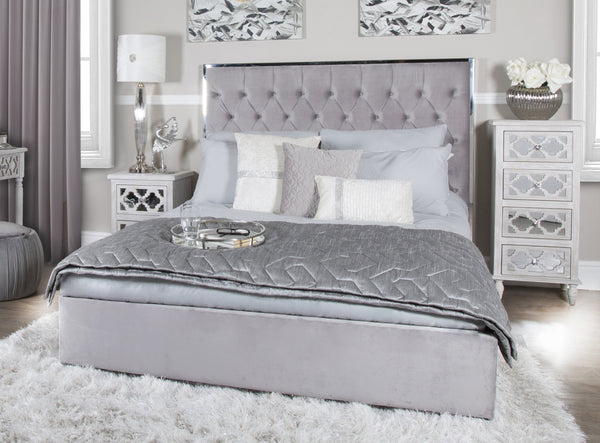 Luxury Kingsize Bed at Lux-Hom