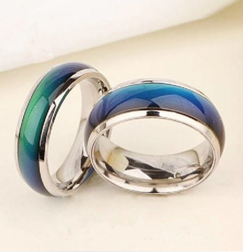Mood Ring Changes Color Depending on Your Emotions
